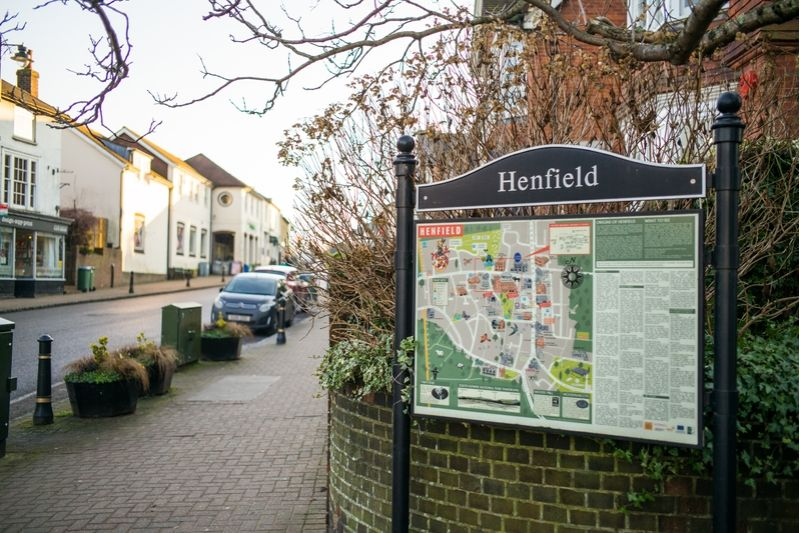 Henfield town centre sign