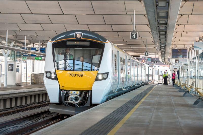 Thameslink train at Blackfriars platform