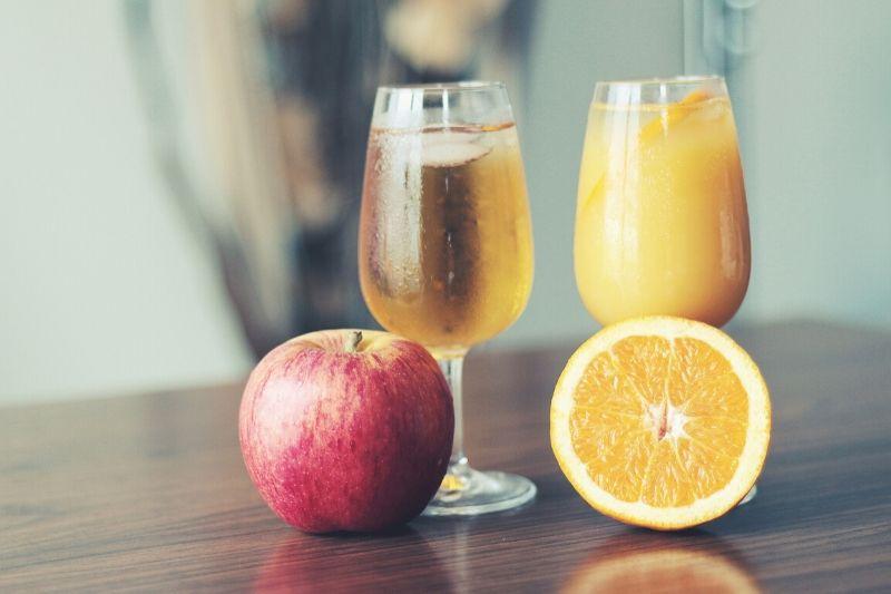 Apple juice and orange juice