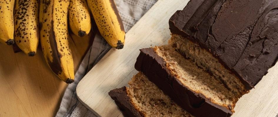 Vegan Banana Bread and a bunch of bananas