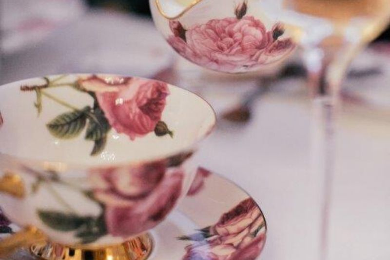 A picture of a teacup